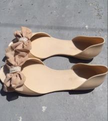 ženske gumene sandale br.40!