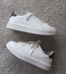 Bijele tenisice Zara