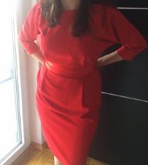 Crvana haljina