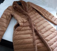 38-40 (tal 42.) Pernata jakna s krznom