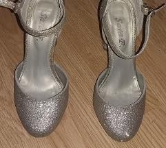 Prodajem cipele sa zlatnim šljokicama