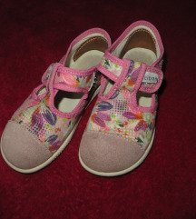 papuče za djevojčice vel 26 (cicban)