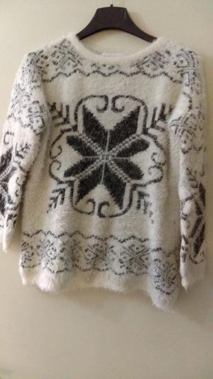 Čupavi pulover