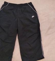 Nike kratke hlače,original,crne,vel. M