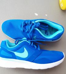 Plave Nike tenisice vel. 38
