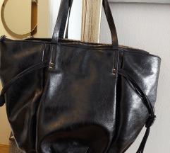Crna veća torba