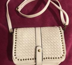 Nova! Bijela torbica