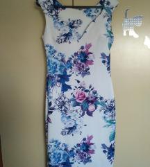 uska cvjetna haljina