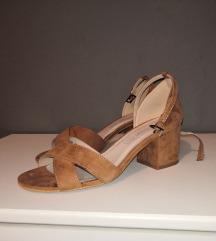 Sandale na petu (cijena s pt)