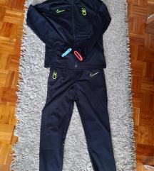 Nike dječja trenirka za dječke