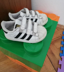 Adidas  superstar vel 24