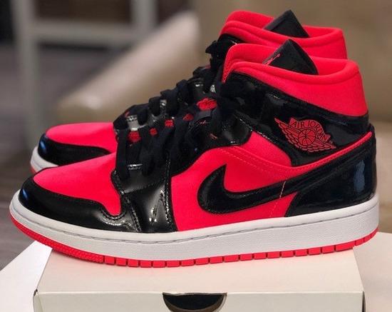 Jordan 1 Mid Hot Punch Black