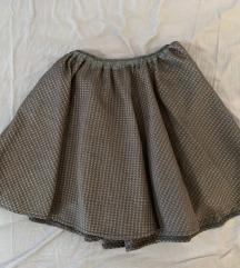 Kazamai suknja - nova