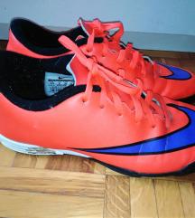 Nogometne tenisice Nike 39 Mercurial