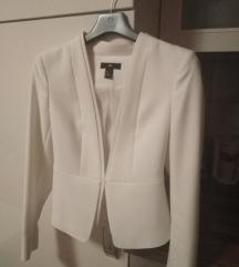 Elegantni bijeli sako