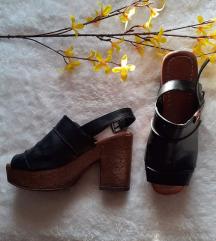 Shoebox kožne sandale