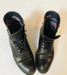 Tommy Hiliger čizme