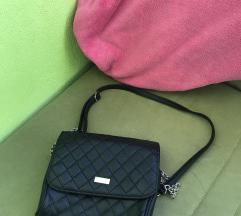Nova crna torba