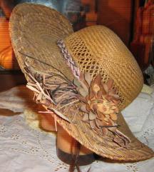 šešir damski vintage