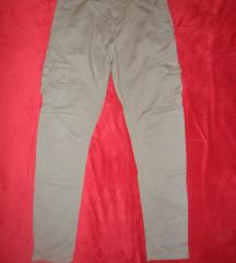 maslinasto zelene hlače 38