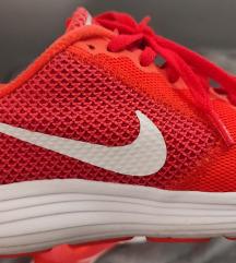 Nike narančaste za trčanje 37,5
