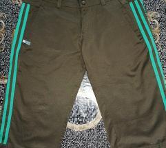 Adidas hlače  🎄