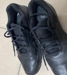 Lot muških cipela