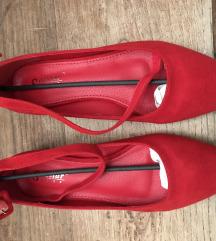 Crvene ravne cipele s remenom