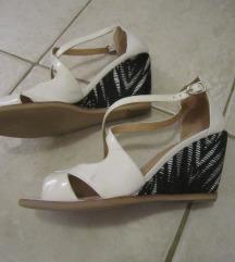 HISPANITAS bijele sandale