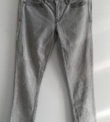 GAP hlače 26