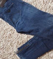 Armani jeans traperice ženske 36