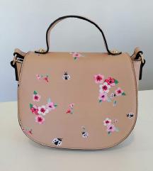 Nova bež torbica s cvjeticima