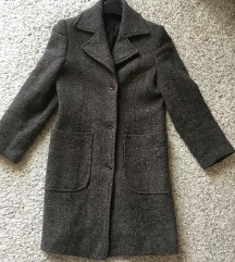 Predivan Smeđi vuneni kaput vel S 34/36