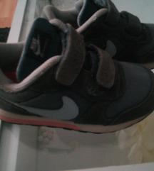 Nike tene 27