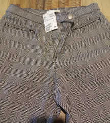 H&M nove hlače vel 40/42 sa etiketem