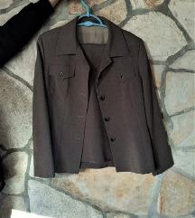 Sivo odijelo suit hlače i sako