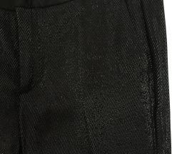 Crne sjajne hlače