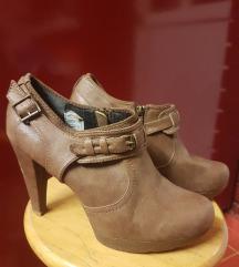 gležnjače cipele štikla peta