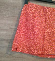 Predivna mini suknja S/M