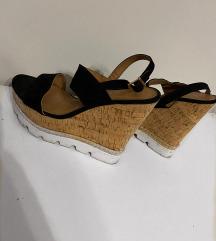 Sandale na punu petu