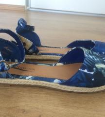 Nove ljetne ravne sandale - vel. 39