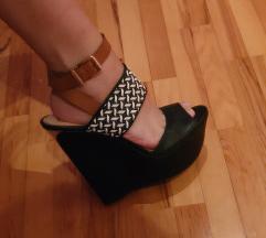 Cipele na punu petu Jessica Simpson