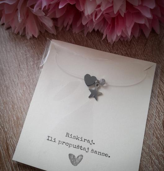 Prozirna ogrlica s 3 privjeska