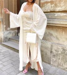 Bijela slip haljina