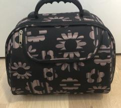 Kofer kozmetički neseser