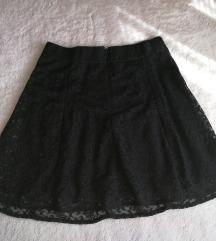 Crna suknjica od čipke