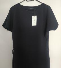 Tamnoplava haljina, s etiketom