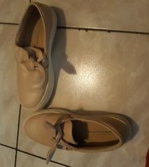Cipele-sa postarinom