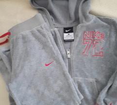 Nike zimska trenirka 5-6 g.,M