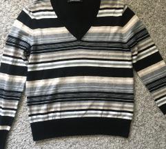 Predivan Betty Barclay pulover kao nov vel M